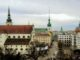 Brněnské panorama s kostelem sv. Tomáše (vlevo)