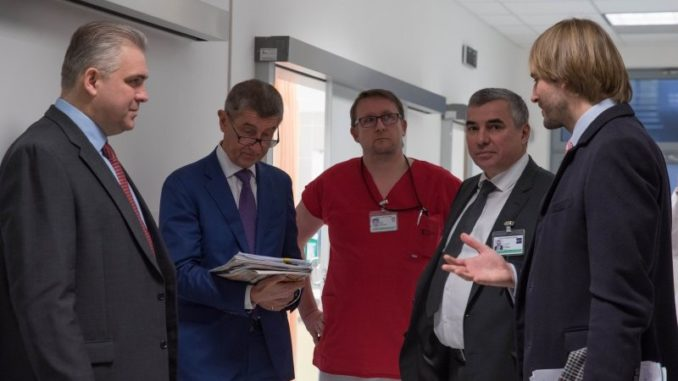 FN Brno návštěva vlády Vojtěch
