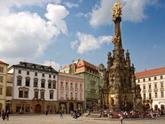 Olomouc Horní náměstí Sloup nejsvětější trojice