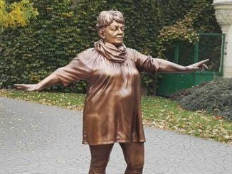 Věra Špinarová Ostrava socha