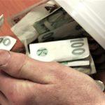 Podvodníci vybírají peníze na boj s koronavirem, upozornili pacienti