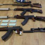 """Pro černý trh vyráběli """"vylepšené"""" zbraně, včetně střílející tužky"""