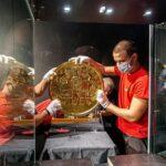 Ostrava vystavuje největší zlatou minci v Evropě