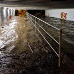 Olomoucká náplavka je pod vodou, stavaři vyklidili koryto Moravy. Primátor: situaci monitorujeme