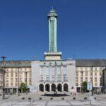 Největší radnice v republice slaví 90 let. Impozantní stavba z dob první republiky udivuje dodnes