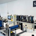 Moravská firma získala vládní zakázku na respirátory. Zbytek se dováží z Asie