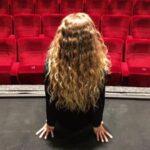 S herci Slováckého divadla se lidé mohou potkat u výdejního okénka