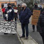 Vyšetřete otravu Bečvy! Ve Valašském Meziříčí se konal protestní průvod