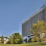 Velké nemocnice pomáhají na celé Moravě. Krajským hranicím navzdory