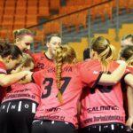 Židenické florbalistky si z posledního utkání v základní části Extraligy v Praze přivezly vítězství