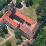 Moravský Krumlov zachránil zámek pro další generace. Vrací se Slovanská epopej, vzniká nové turistické centrum