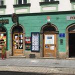 Olomouc se chce zbavit nevkusných reklam, podpoří estetické značení obchodů