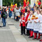 Tradiční průvod Moravanů není v Evropě ojedinělý, svébytnost si připomínají i jinde